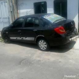 Renault symbol quitado - 2010