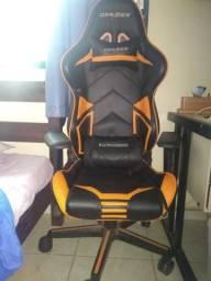 Cadeira Gamer DxRacer Usada