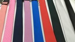 Gravatas várias cores ótima qualidade!