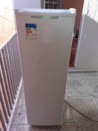 Freezer Vertical 141 litros consul