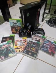 Vendo Xbox 360 Desbloqueado para CD