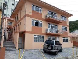 Alugo Stúdio no Córrego Grande R$975,00 c/ todas dispesas inclusas