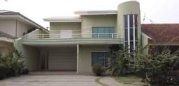 Casa no Cond. Rio de Janeiro II com 05 quartos