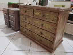 Título do anúncio: Comoda madeira antiga sierra