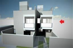 Sobrado à venda com 3 quartos, 67 m² + 20 m² de terraço, próximo ao Posto 2 irmãos, em loc