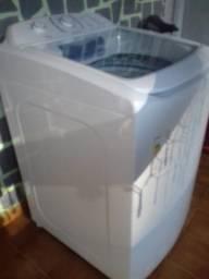 Lavadora de roupas Eletrolux 13Kg 220V