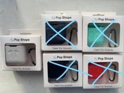 Título do anúncio: Capa Apple Airpod 1 e 2 Porta Fone Silicone Case Cor Branca