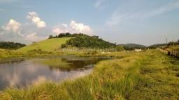 Fazendinha rica em água em Papucaia com 60.000m²
