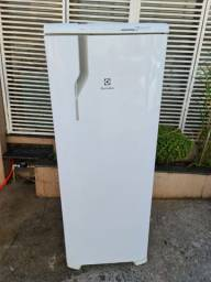 Geladeira Electrolux froost free