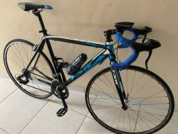 Título do anúncio: Bicicleta speed tsw ,tamanho 54 freios tsi ,vai com roupa sem capecete tamanho g,muito top
