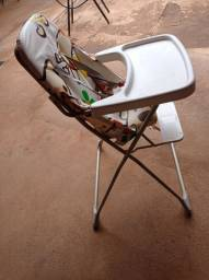 Título do anúncio: Cadeira de alimentação