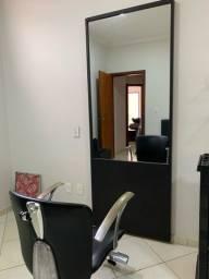 Título do anúncio: Cadeira cabeleireiro + espelho com moldura