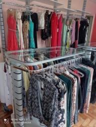 Título do anúncio: Loja de roupas mobiliada