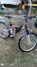 Bicicleta aro 26 com duas suspensões