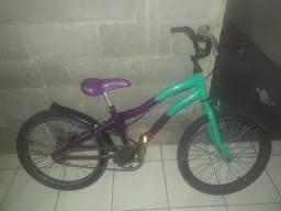Título do anúncio: Vende-se bicicleta infantil