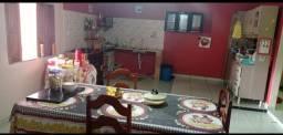 Vende-se uma casa no Bairro Paraíso , whatsapp: * - falar com Ana.