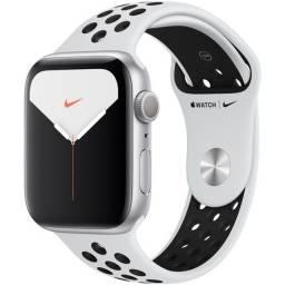 Título do anúncio: Apple Watch Nike Series 5 (gps) - 44mm Lacrado na caixa