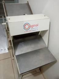 Título do anúncio: Máquina de cortar pão elétrica.