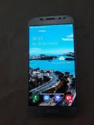Vendo um telefone Samsung  j5 pro 32gigas