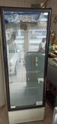 geladeiras, tenho duas uma expositora e outra geladeira frost-free