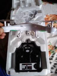 Vendo drone Syma novo na caixa com câmera