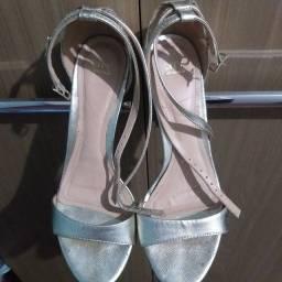 Título do anúncio: Sapato Dourado