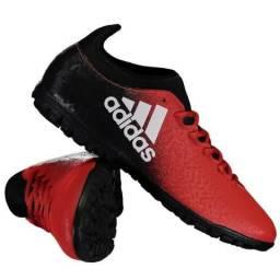 4abe0f6b9ab64 Chuteira Adidas X 16.3 TF Society - Vermelho e Preto - Dinheiro ou Cartão