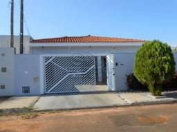 Casa à venda com 3 dormitórios em Residencial royal park, Jaboticabal cod:V1469