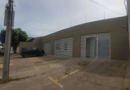 Imóvel comercial próximo a Av. Miguel Sútil