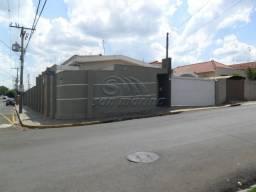 Casa à venda com 4 dormitórios em Centro, Jaboticabal cod:V3843