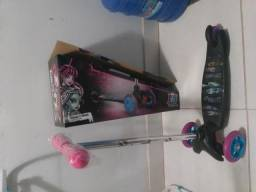 [Oportunidade] Urgente - Patinete monster High