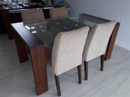 Mesa de Jantar com 6 cadeiras (novas)