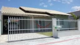 Alugo casa em Balneário Picarras