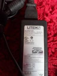 Vendo carregador para notebook