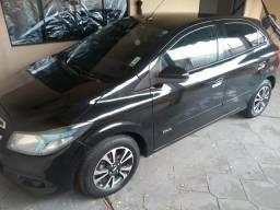 Vendo ou troco Onix LTZ 1.4 12/13 - 2012