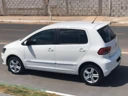 Volkswagen - Fox - 1.6 - Highline - 2015