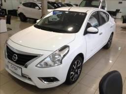Nissan Versa 1.6 16v sl - 2017