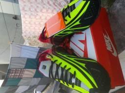Nike shox r4 Neymar