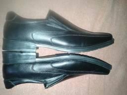 Sapato Broken Rules novo 40