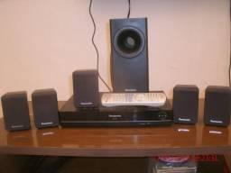 Vendo Home Theater Panasonic Model SA-PT75PH. leia descrição