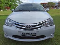 Toyota etios platinum 1.5 - 2016