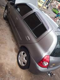 Renault Clio Hatch 1.0 16v 06/07