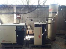 Compressor Parafuso Ingersoll Rand UP6 - 30HP