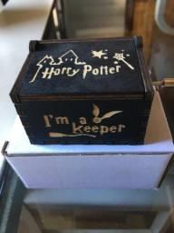 Caixinha Harry Preta Com Dourado