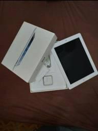 iPad 2 16gb + Wi-fi. Semi Novo