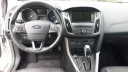 Ford Focus Fastback SE Plus 2016 / 2017 impecável
