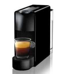 Cafeteira Nespresso Essenza Mini Preta 220v (pouquíssimo uso)