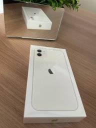 Iphone 11 64gb branco, NOVO, lacrado, com NF e garantia de 1 ano.