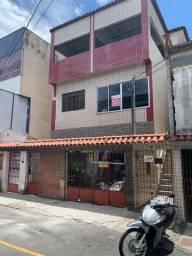 Casa na Gloria com 3 quartos no segundo andar com terraço, ótima localização