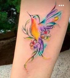 tatuagem Aquarela ou preto e sombra